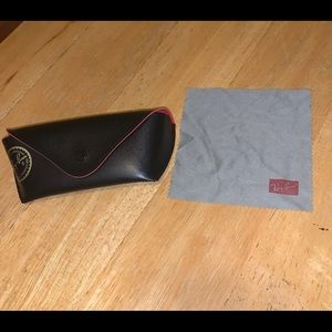 rayban sunglasses case & cleaning rag